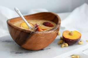 Broskvová smoothie bowl